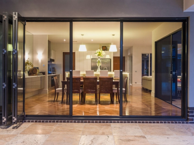 Retractable Screens - Brisbane Magnetic Screens
