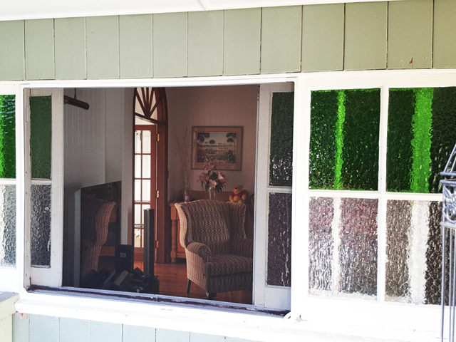To prevent mosquitos from coming into your home Magnetic Screens are the perfect solution especially for difficult window sizes and configurations.