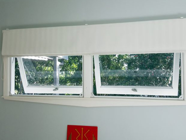 Scratching your head about Insect Screens for PIVOT & DOUBLE HUNG WINDOWS?