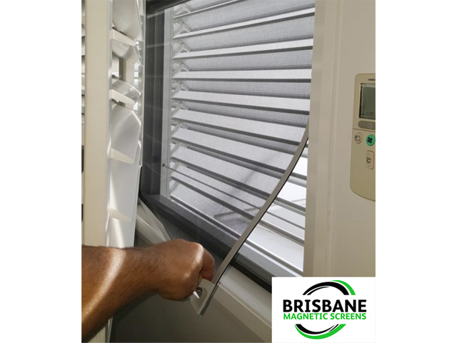 Simple and Easy to use, our MAGNETIC INSECT SCREENS will flex out of the way giving you unhindered access to opening and closing your windows as you desire.
